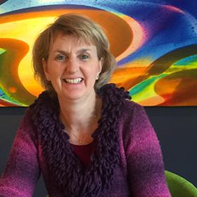 """Annemarie heeft na een ICT opleiding aan de hogeschool in Eindhoven veel ervaring opgedaan bij Volvo, Centric IT Solutions en de Rabobank. Haar specialisaties """"Business Analyse, Functional design, ICT-software ontwikkeling (incl. Offshore ontwikkeling en testen) en Agile"""" zijn van grote waarde voor Bset Media."""